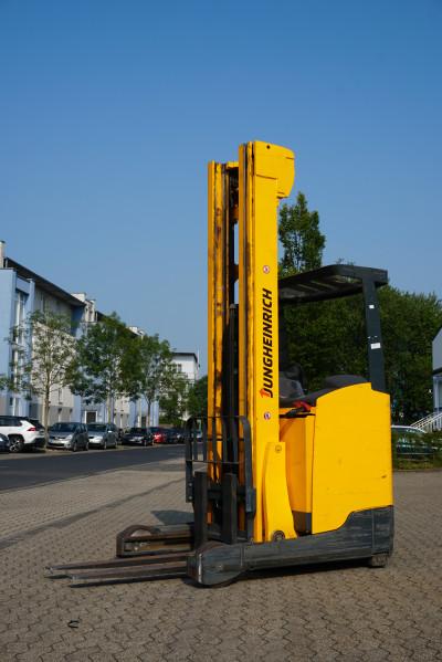 Jungheinrich ETV214 Hubhöhe 7.700mm / Hubkraft 1.400kg / Seriennummer 91091153 / Stunden 10365