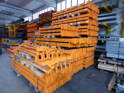 Vogelsang Traverse / Profil 90x40mm / Länge 1.820mm / Max 2.000kg Fachlast / orange lackiert